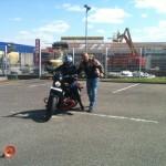 Didier forme une motarde avec une Harley-Davidson